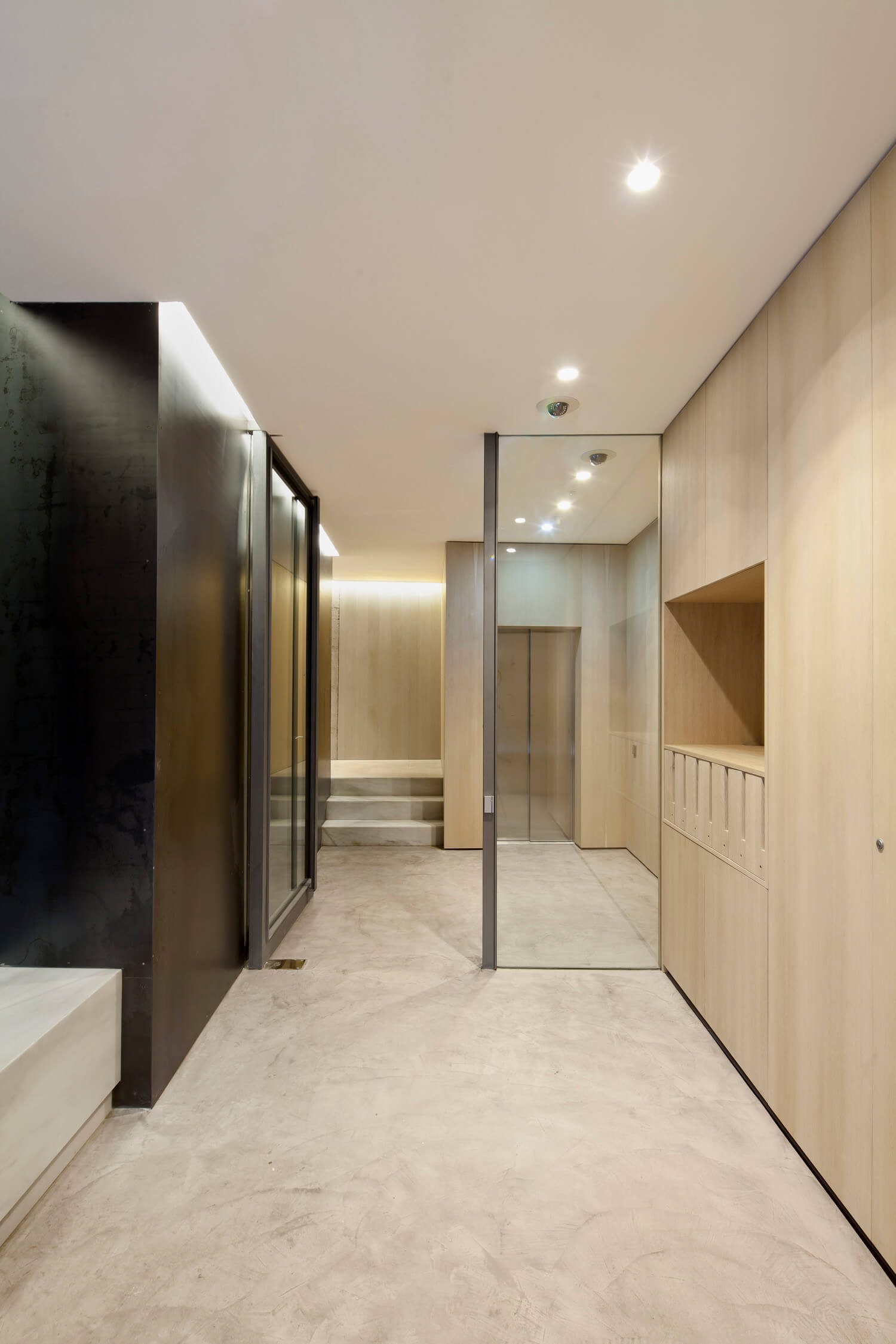 planell-hirsch_arquitectura_rehabilitacion_interiorismo_barcelona_born_mirallers_vestibulo_adriagoula_2963